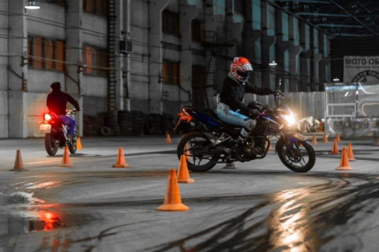 Cours moto 12heures